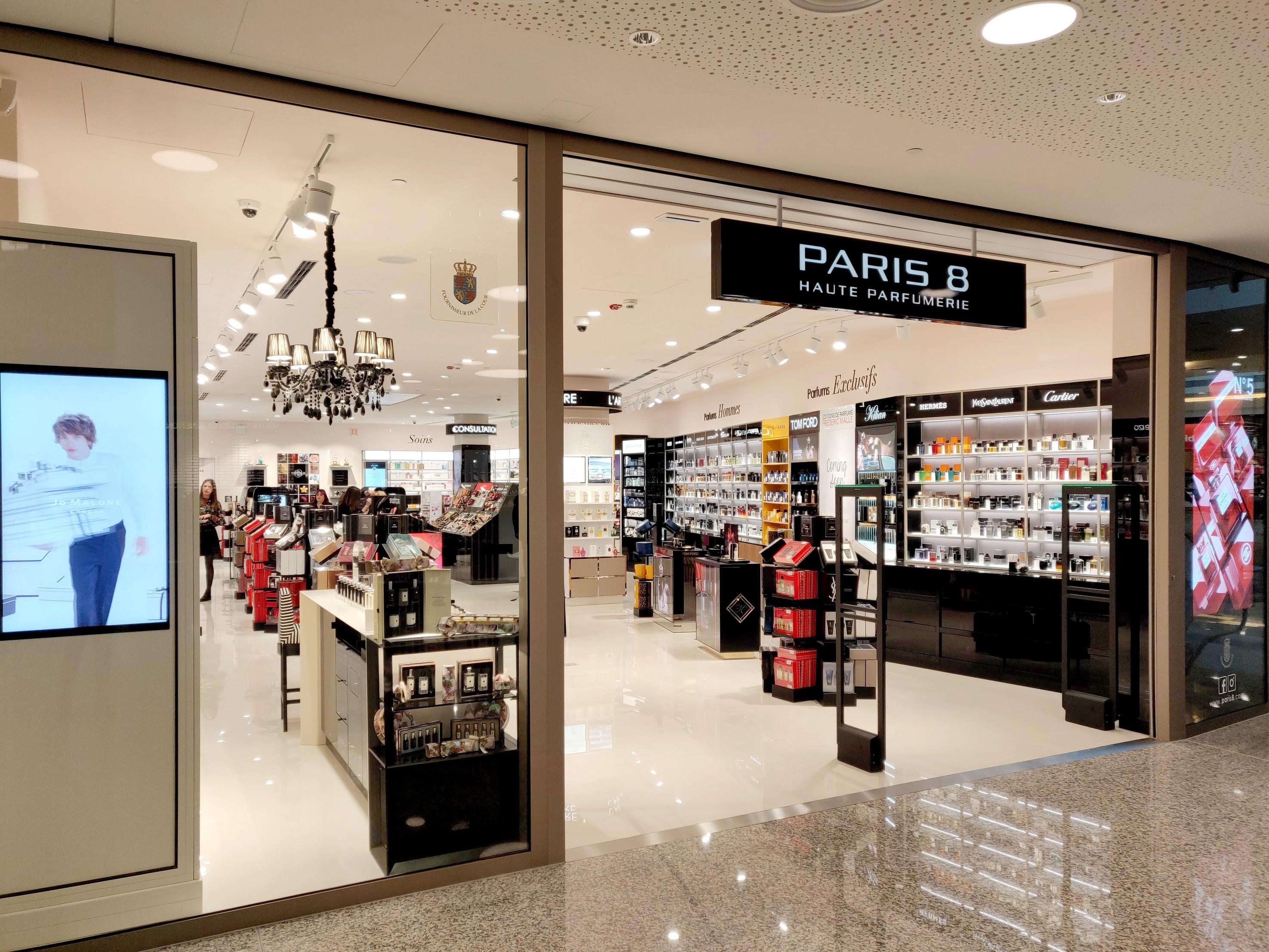 Paris 8 City Concorde Shopping Center